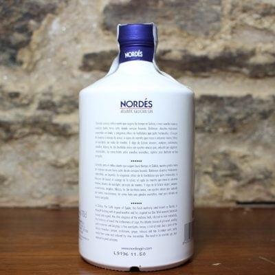 ginebra nordes etiqueta